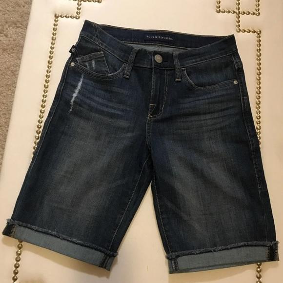 "Rock & Republic Pants - 🍁Rock & Republic ""Kristy"" Jean Shorts Sz 6"